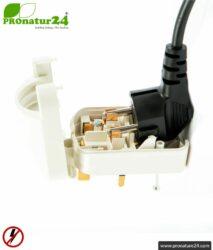 Adapter SCP3 European Schuko plug EF to type G plug (UK) with grounding. 13 Amp fused. 2 colours (black + white).